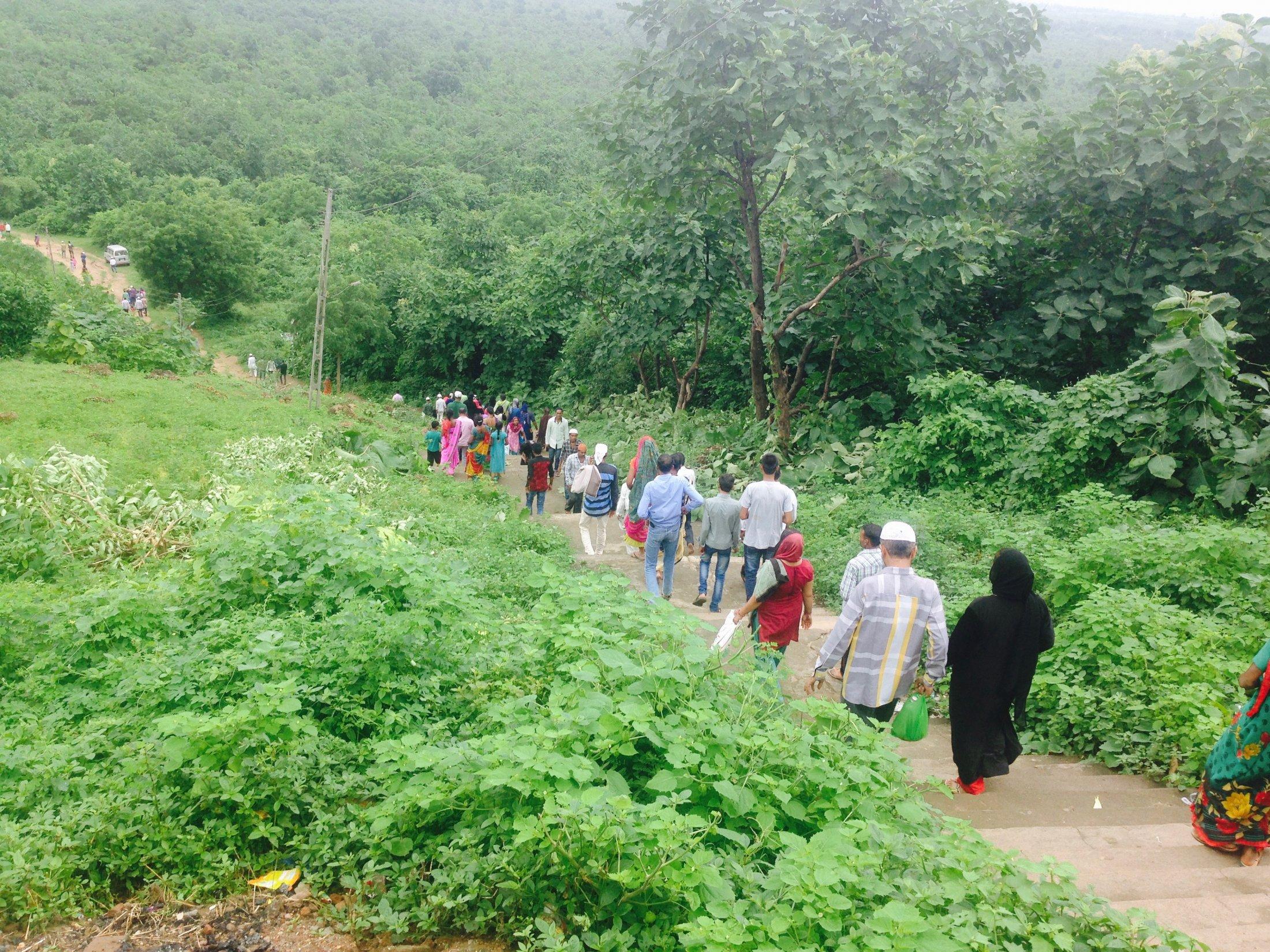 Devotees at Ratanpur