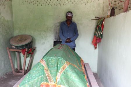 Caretaker of the Bava Gor Chilla, Javantri