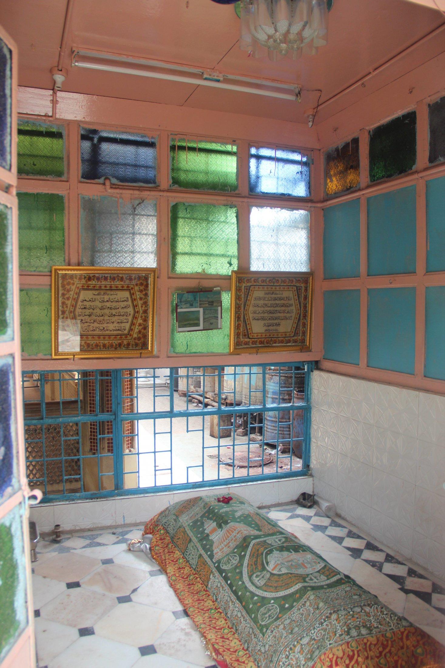 Interior of Sidi Baba's Dargah, Ahmedabad