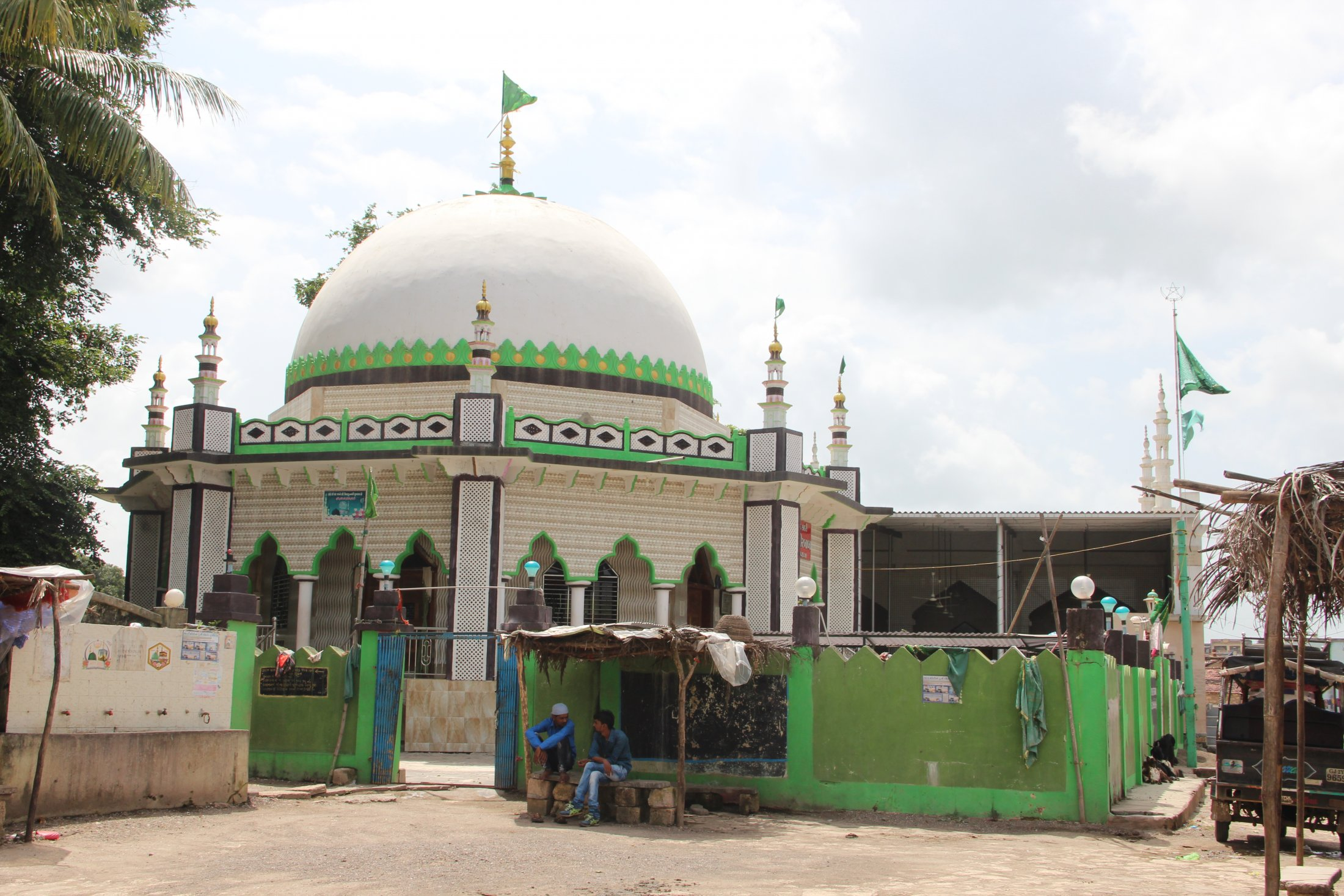Nargarchi Shrine, Jambur
